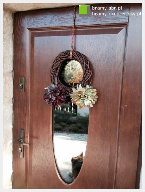 jesienny wianek na drzwi